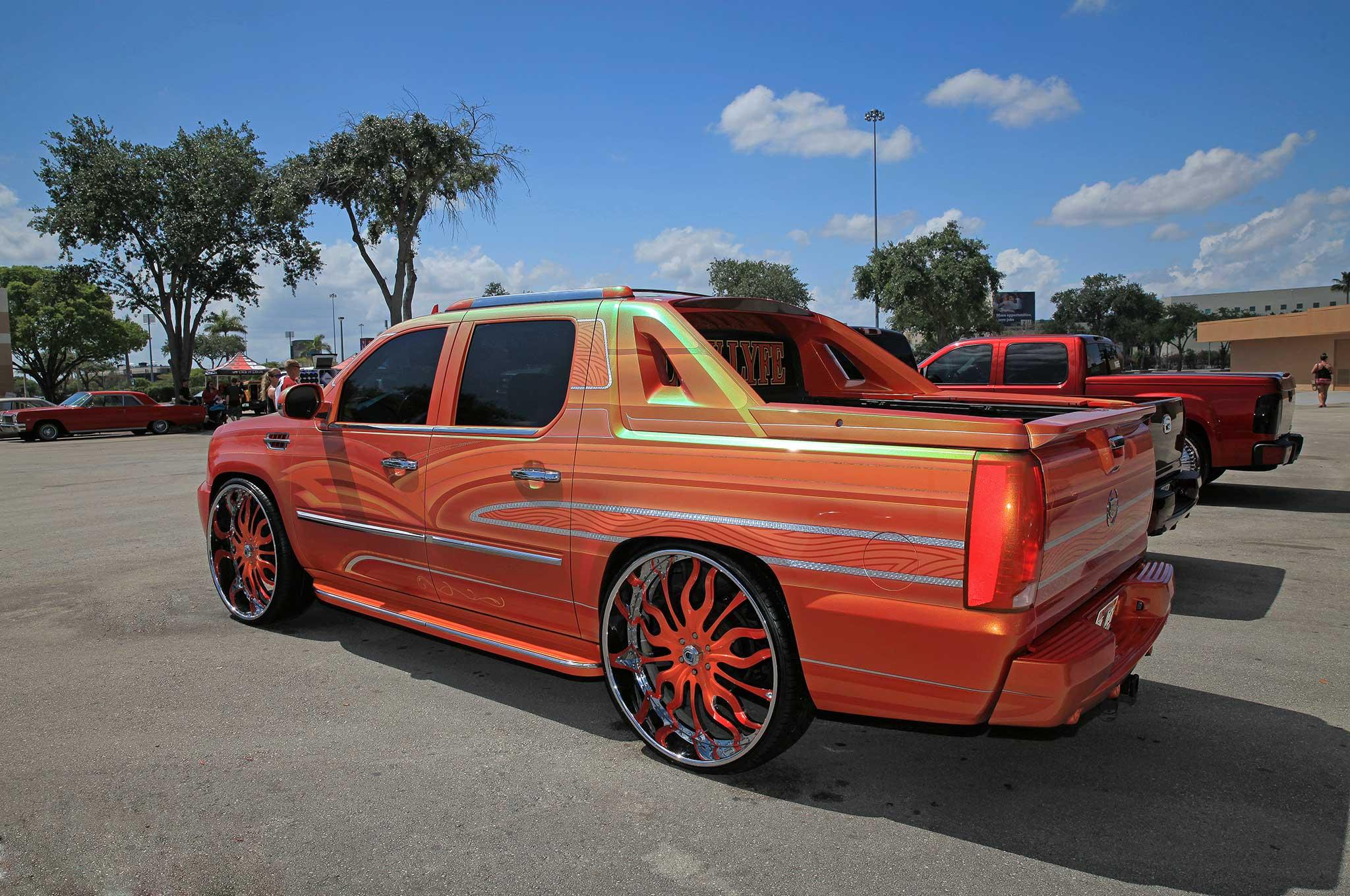 Cadillac Escalade Ext Miami Super Show Truck Lowrider - Cadillac dealer miami