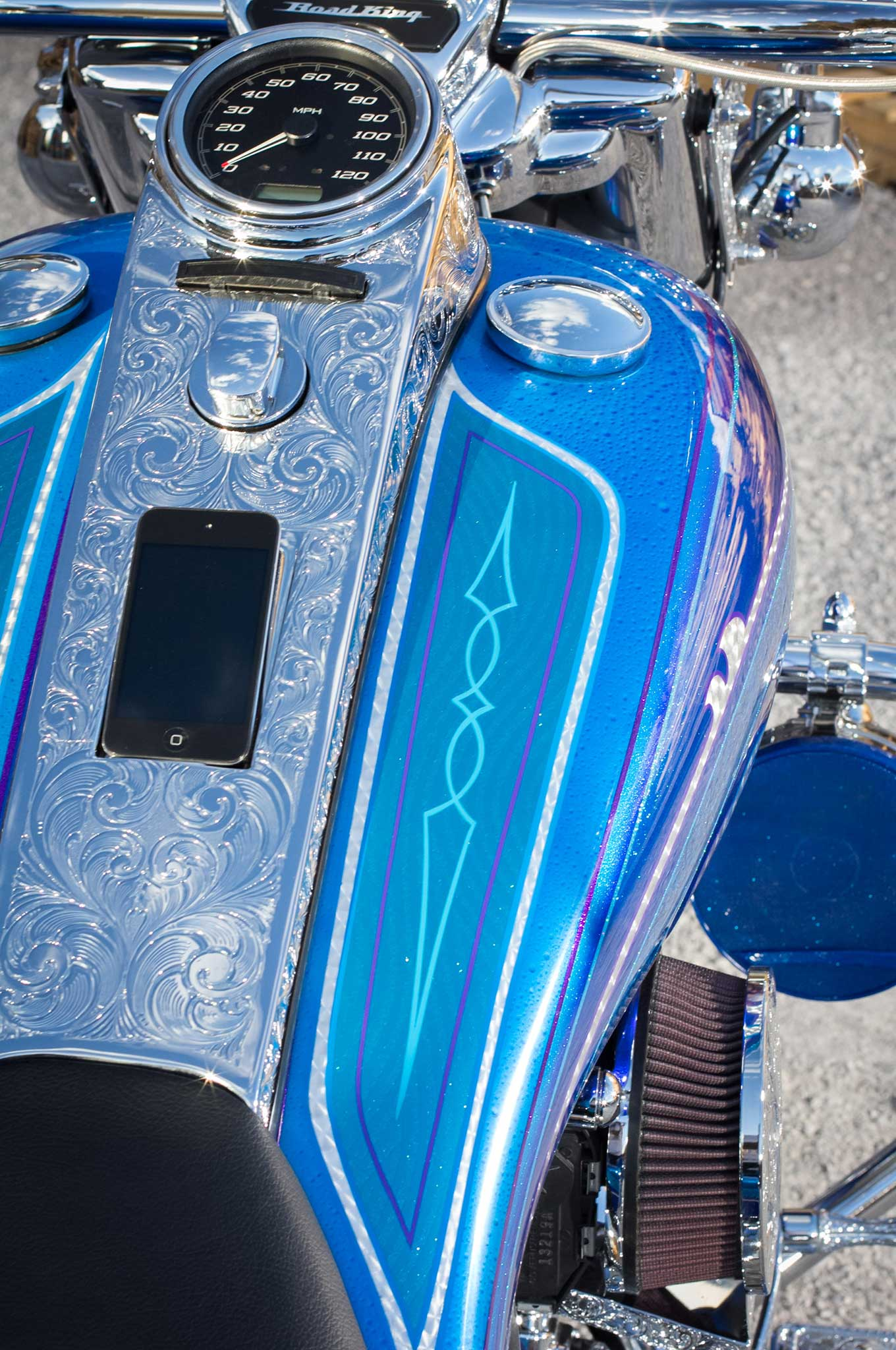 Drive A Tank >> 2014 Harley-Davidson Road King - Show Winner