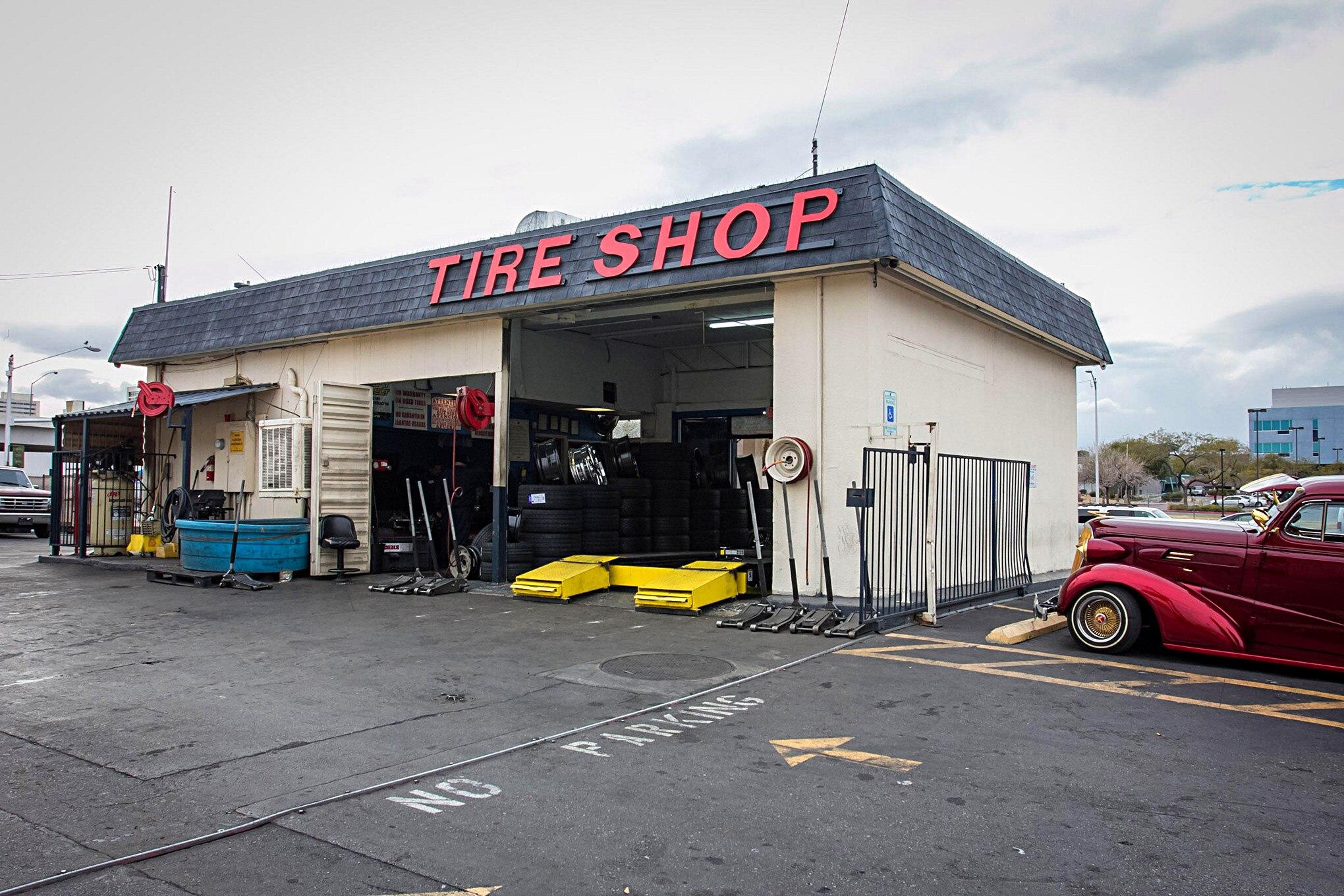 Payless tire shop is a vegas hot spot for Automotive shop design