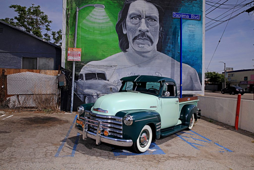 1951 chevrolet 3100 step side truck driver side front view