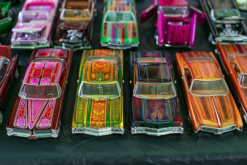 down 2 scale car club car models