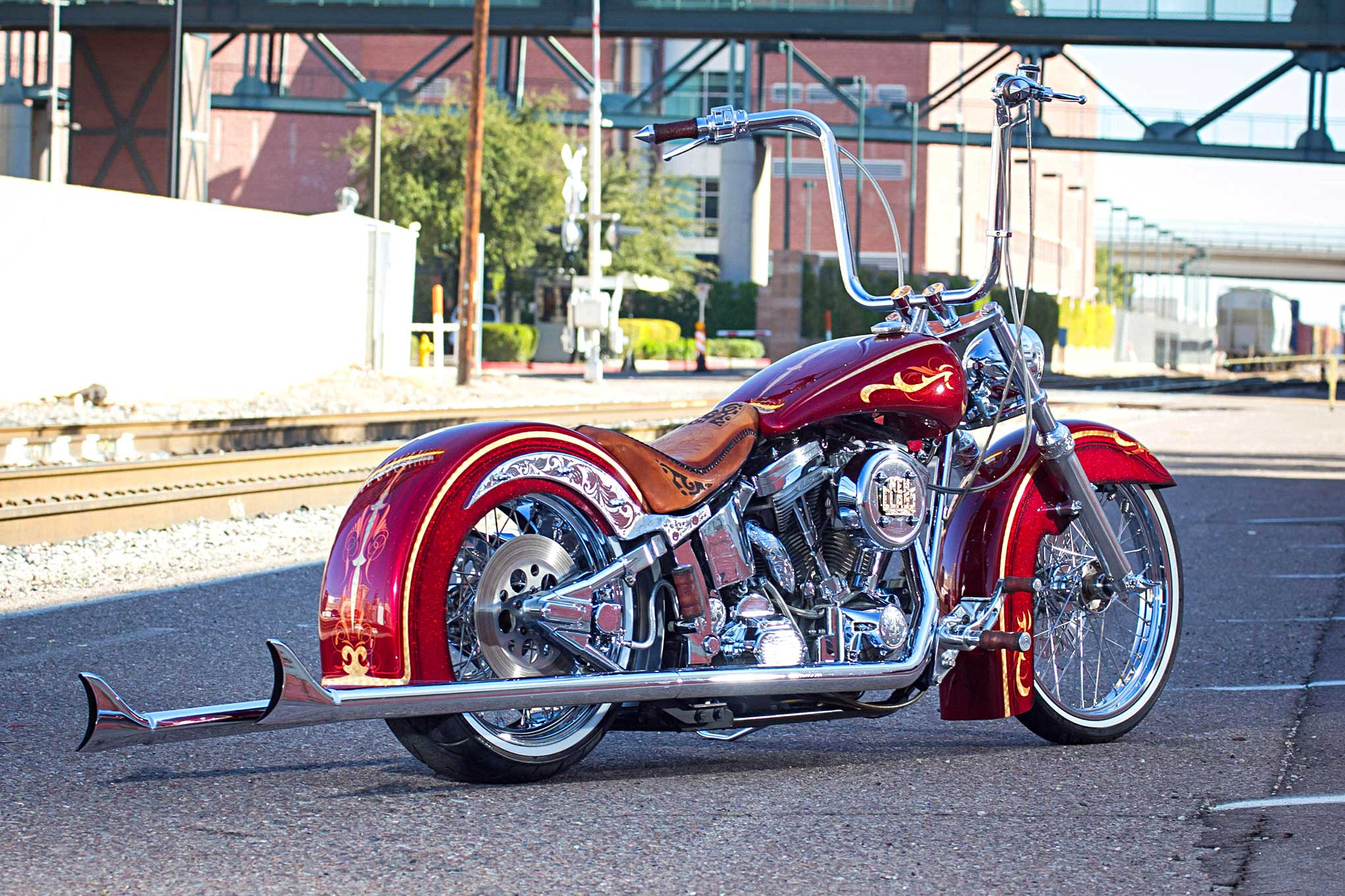 Building A 2002 Hd Softail Into The Ultimate Vicla