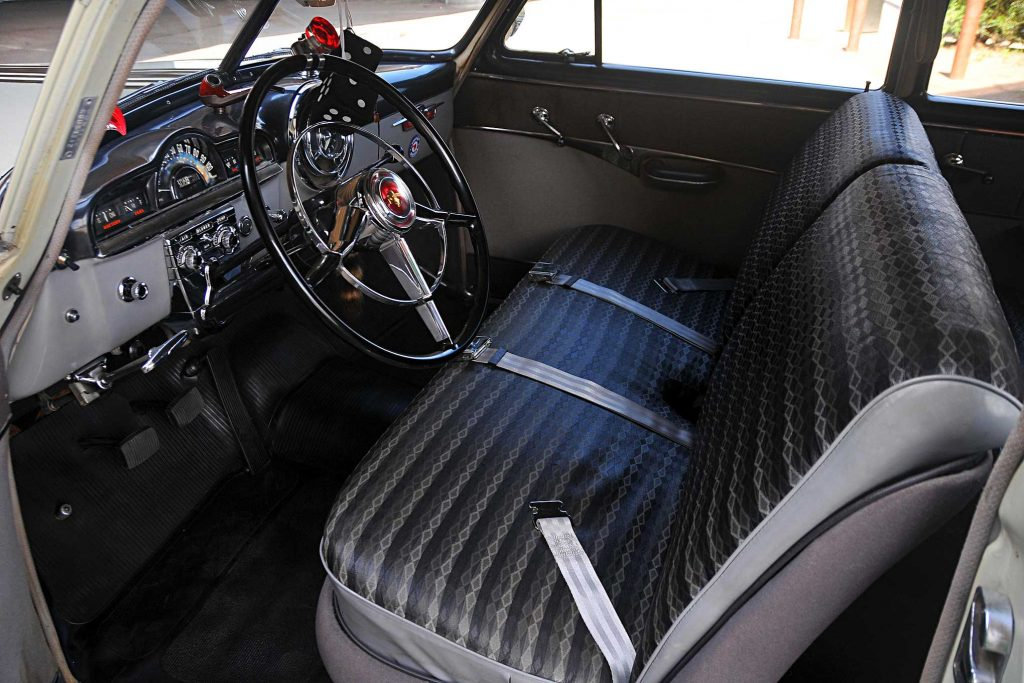 1951 pontiac chieftain front seats