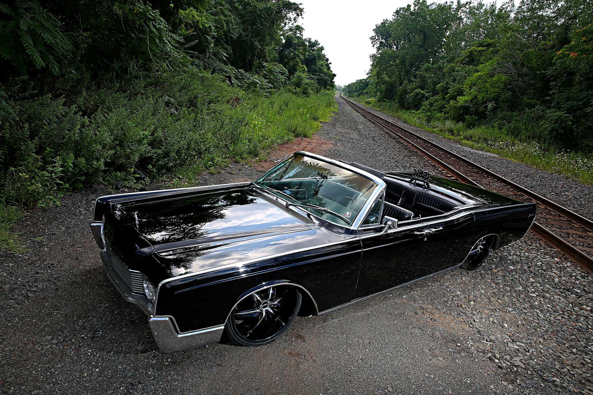 Auto Show Miami >> 1966 Lincoln Continental - Yin & Yang