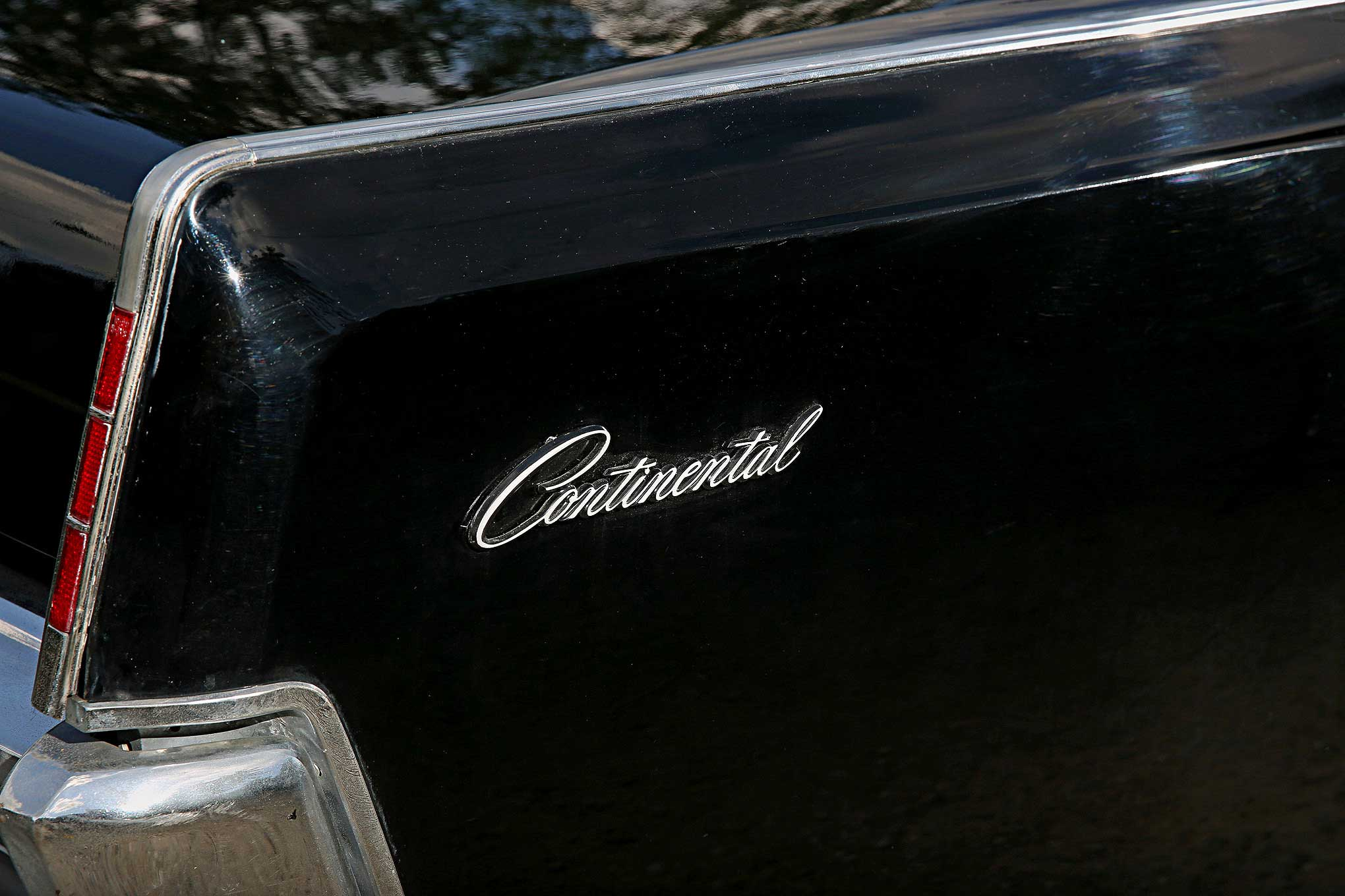 1966 lincoln continental convertible quarter panel emblem lowrider. Black Bedroom Furniture Sets. Home Design Ideas