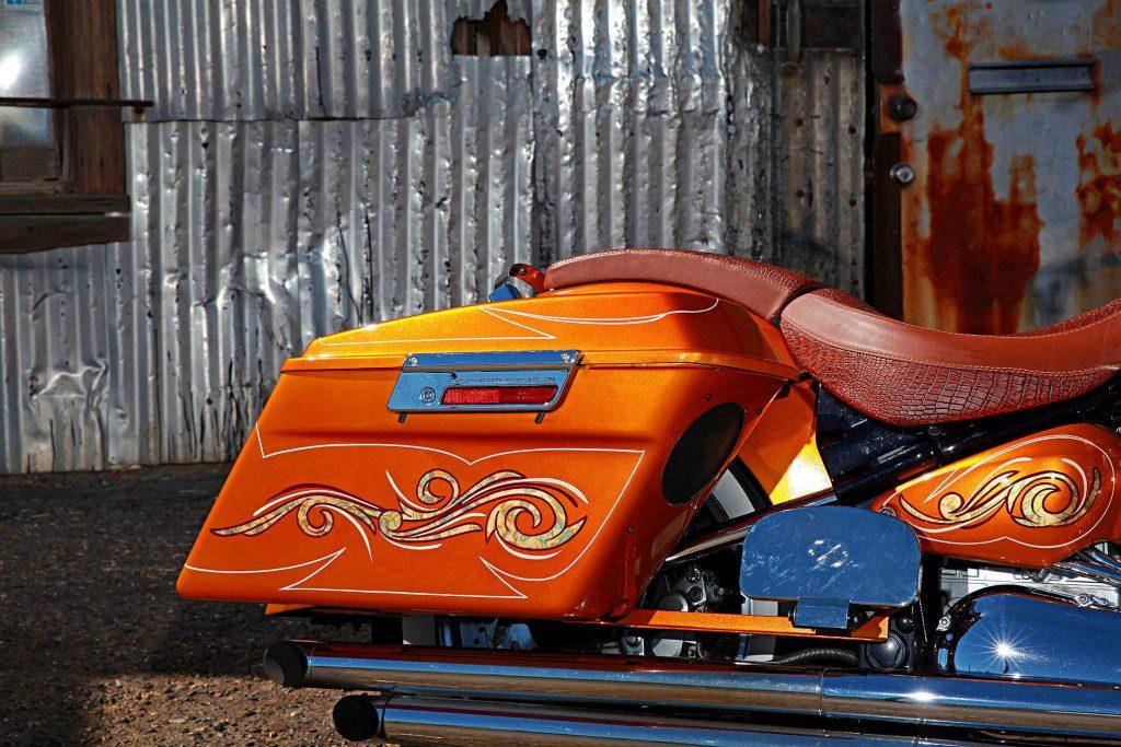 1999 yamaha roadstar saddle bag