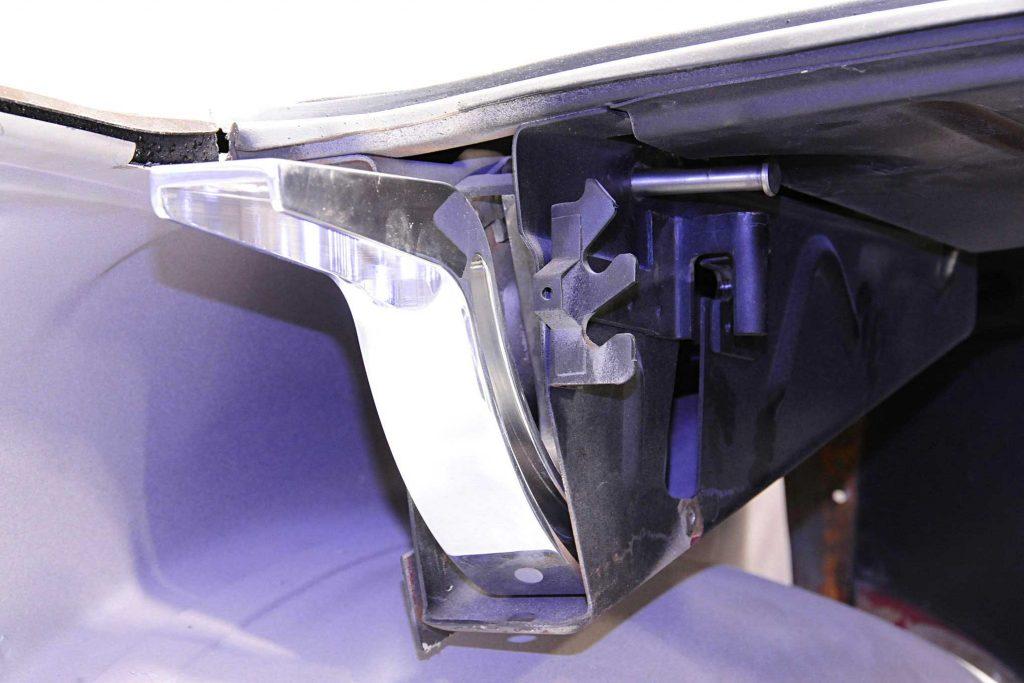 eddie motorsports billet goodies hinge install hardware