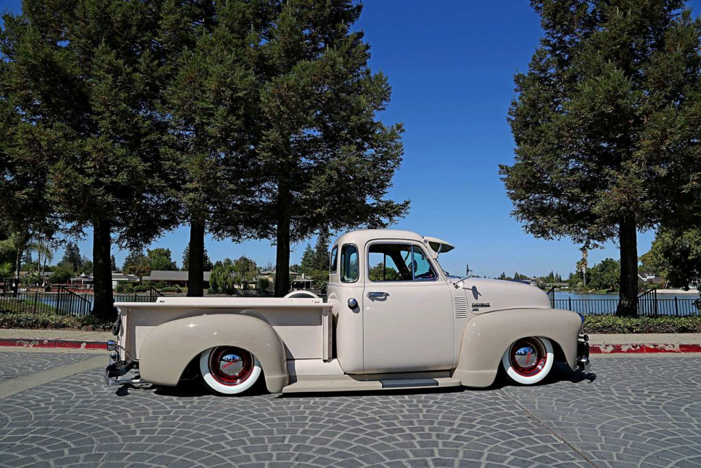 1952 chevrolet 3100 passenger side profile