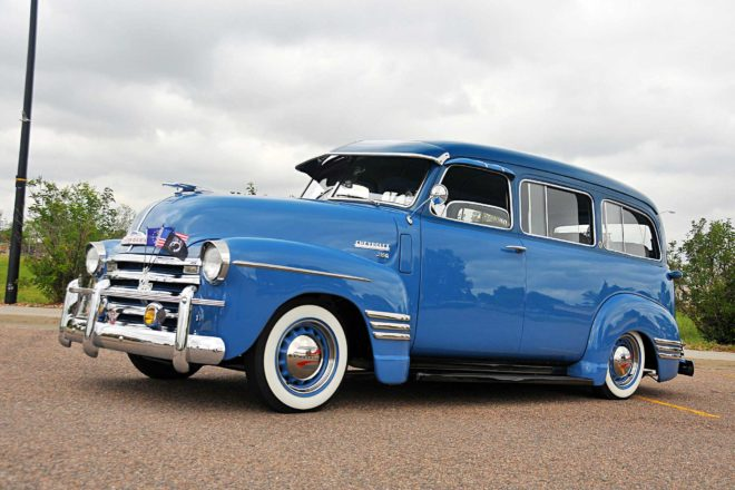 1948 chevrolet suburban driver side view