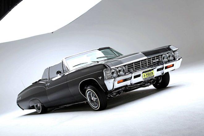1967 chevrolet impala convertible passenger side front view 02