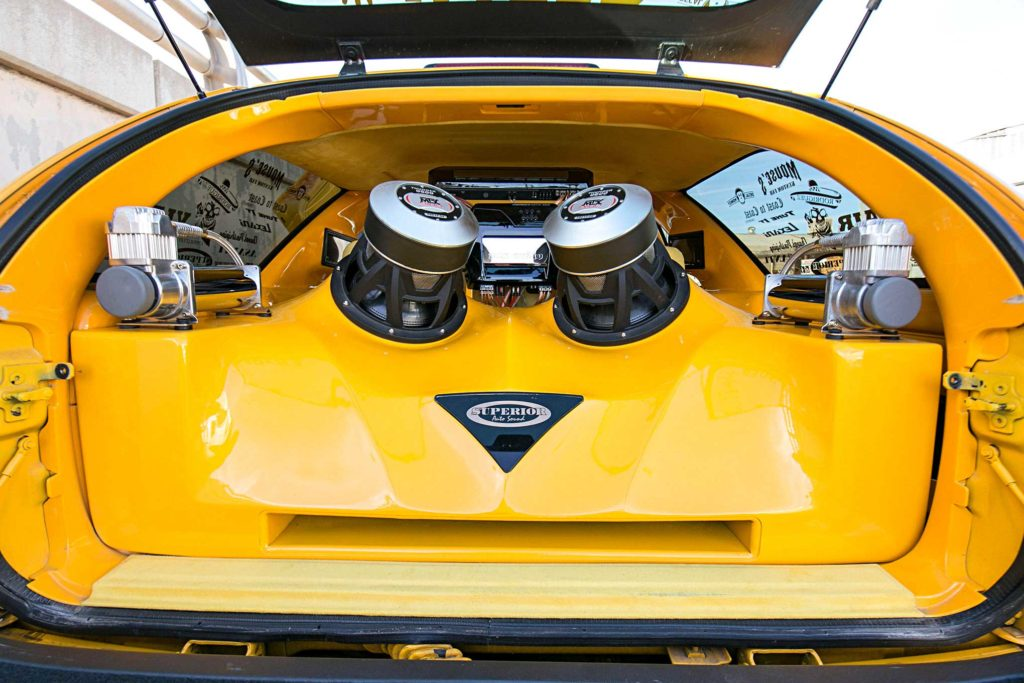 2003 chevrolet blazer xtreme custom fiberglass subwoofer box