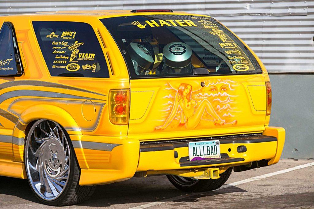 2003 chevrolet blazer xtreme tail gate mural