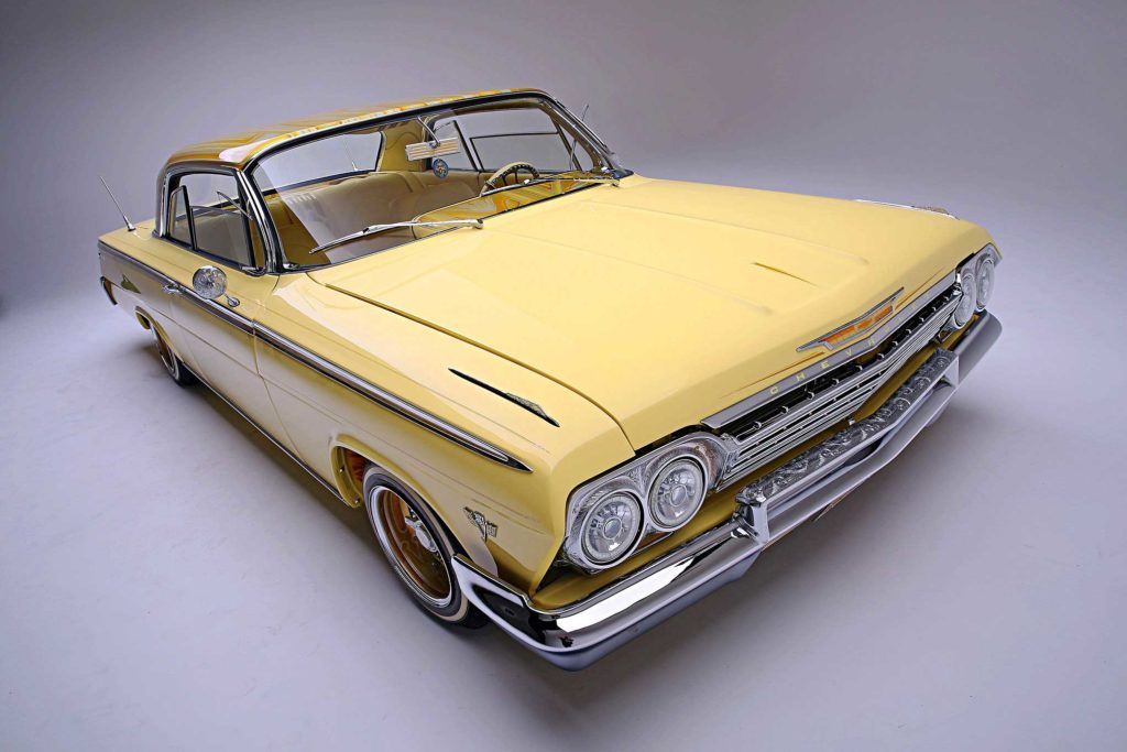 1962 Chevrolet Impala Passenger Side Front View 02