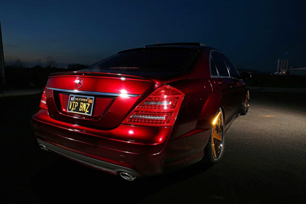 2009 Mercedes S550 rear view