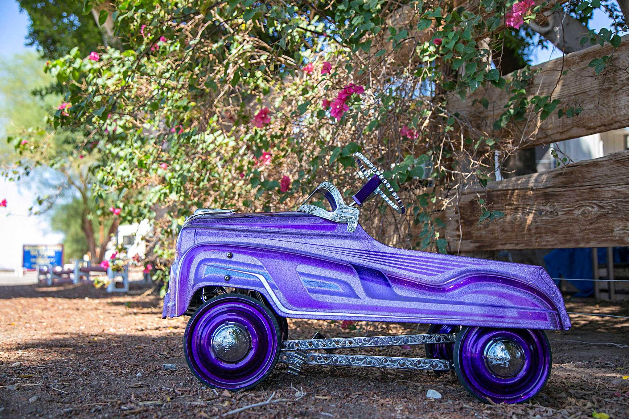 Krazy Car: Krazy Kuttin Pedal Car Side View