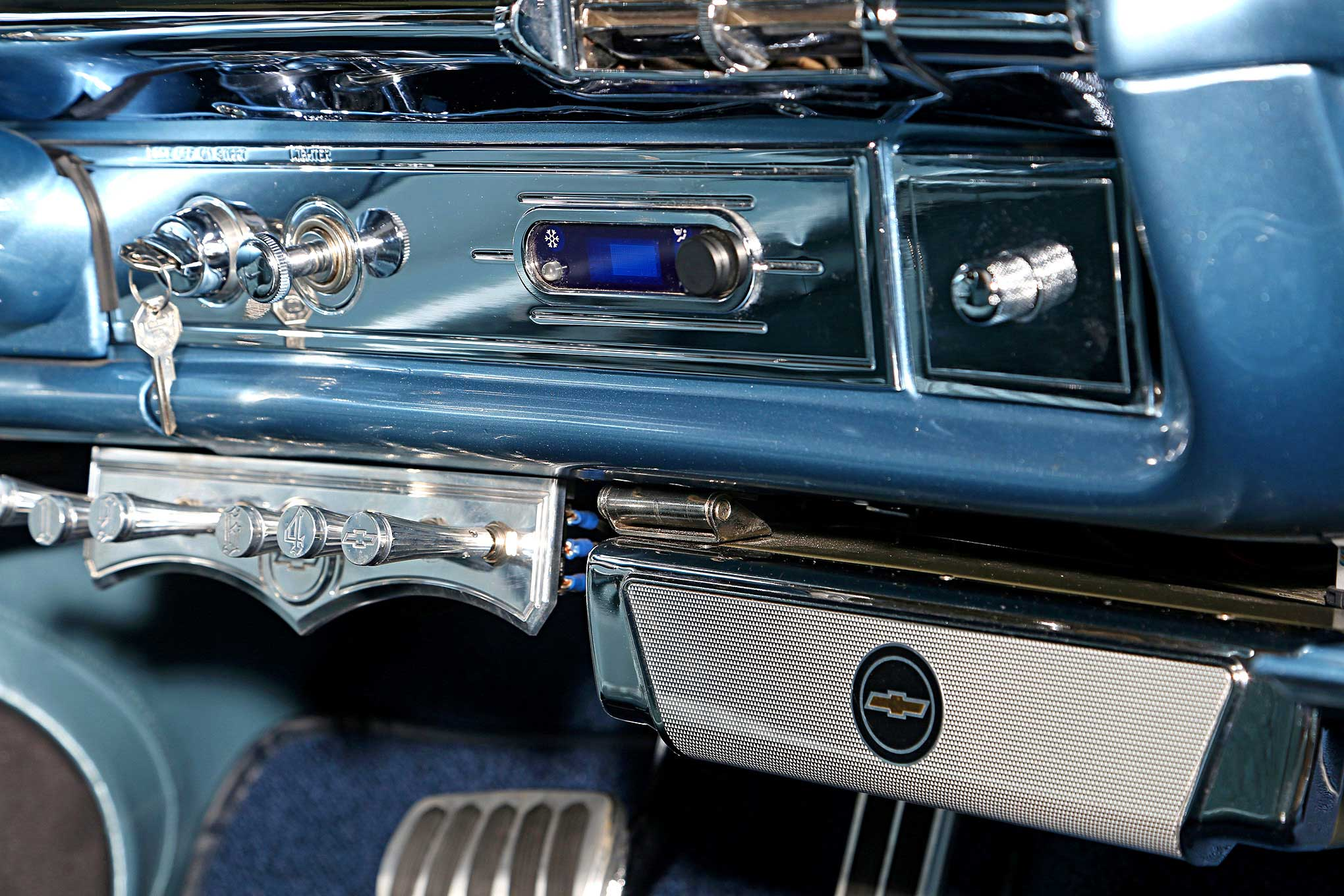 1964 chevrolet impala convertible center console controls lowrider. Black Bedroom Furniture Sets. Home Design Ideas