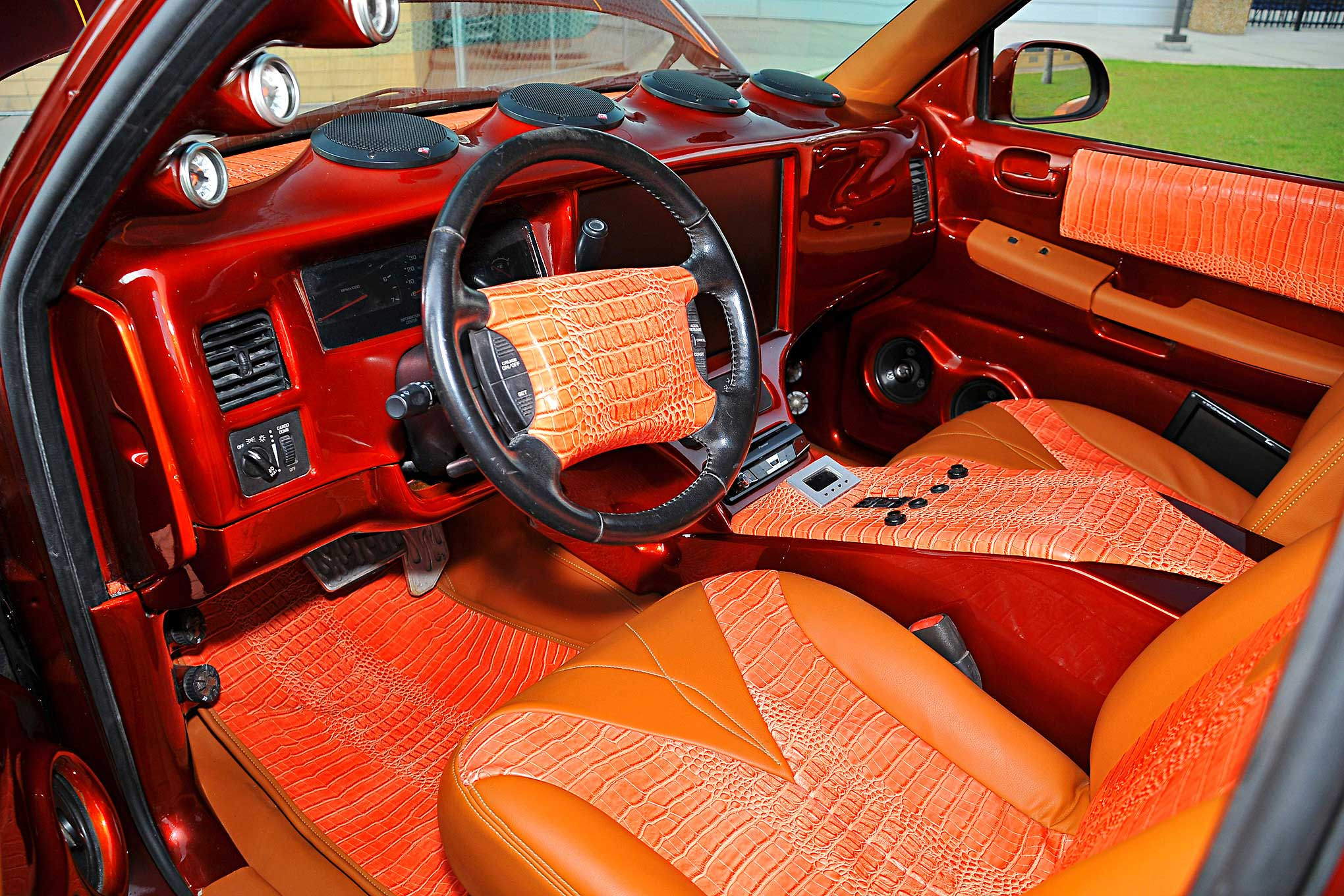 2002 dodge dakota orange gator skin tan vinyl interior lowrider. Black Bedroom Furniture Sets. Home Design Ideas
