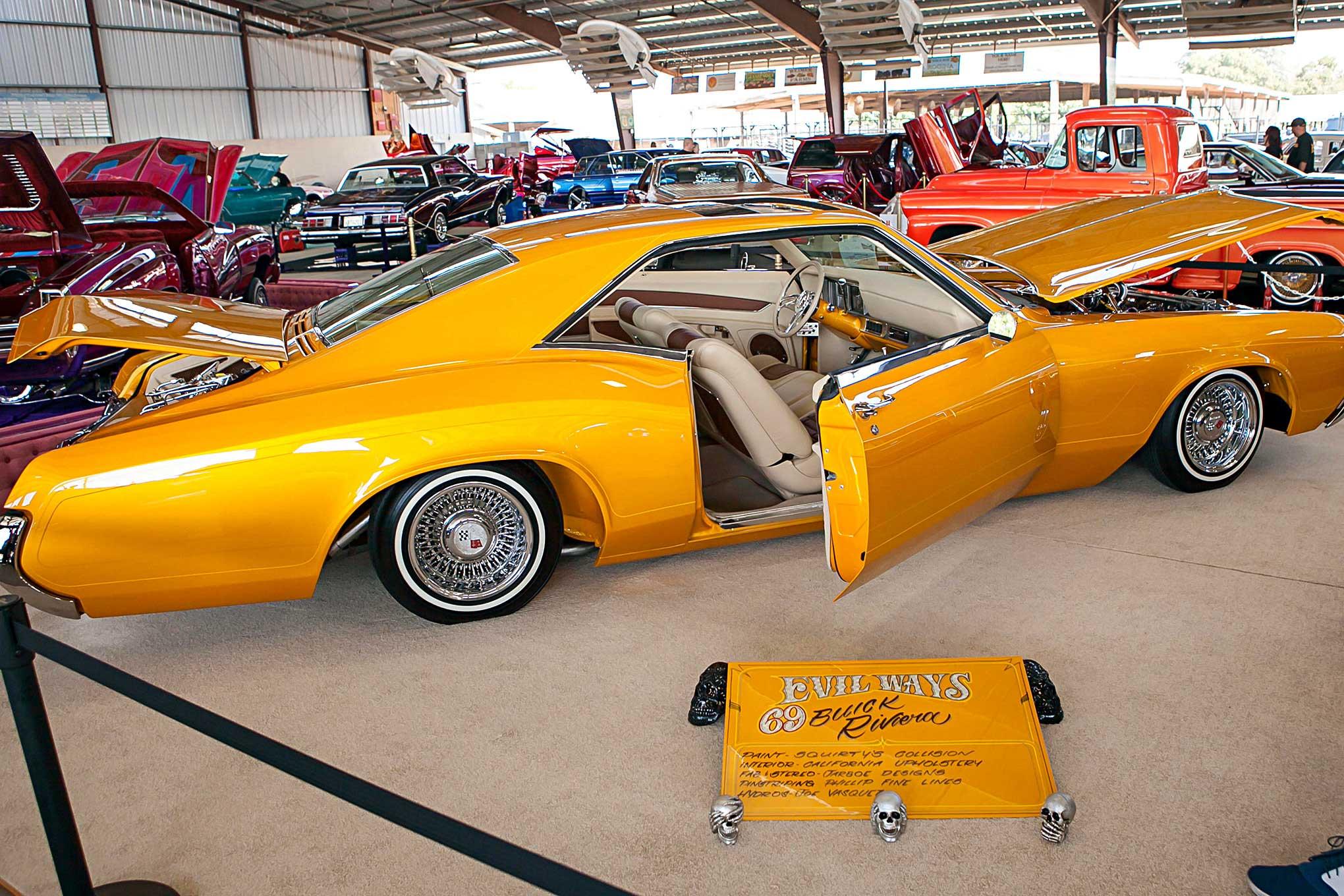 Merced Lowrider Show Buick Riviera