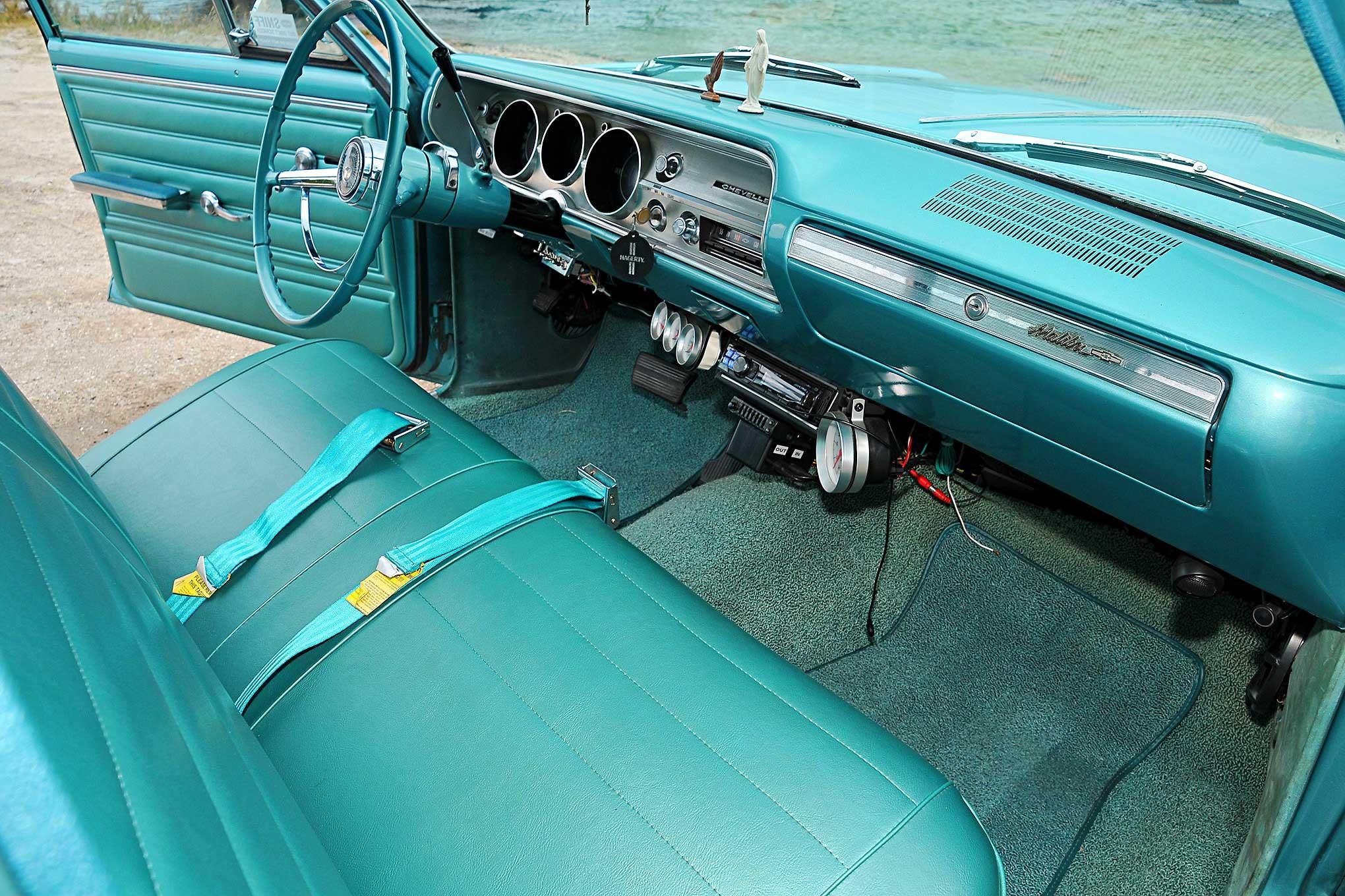 1965 Chevrolet Malibu Wagon - La Burra