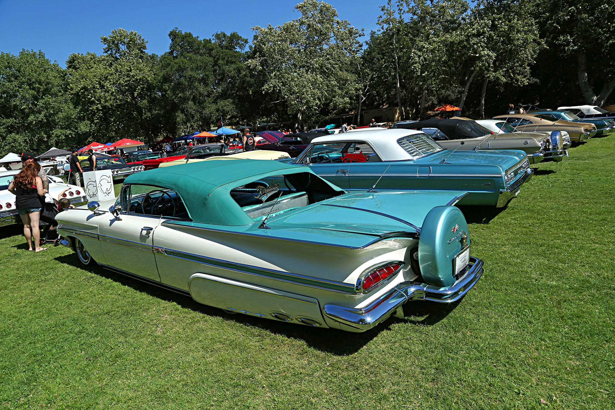Impalas Car Club OC Chapter 2017 BBQ Two Tone 1959 Impala ...