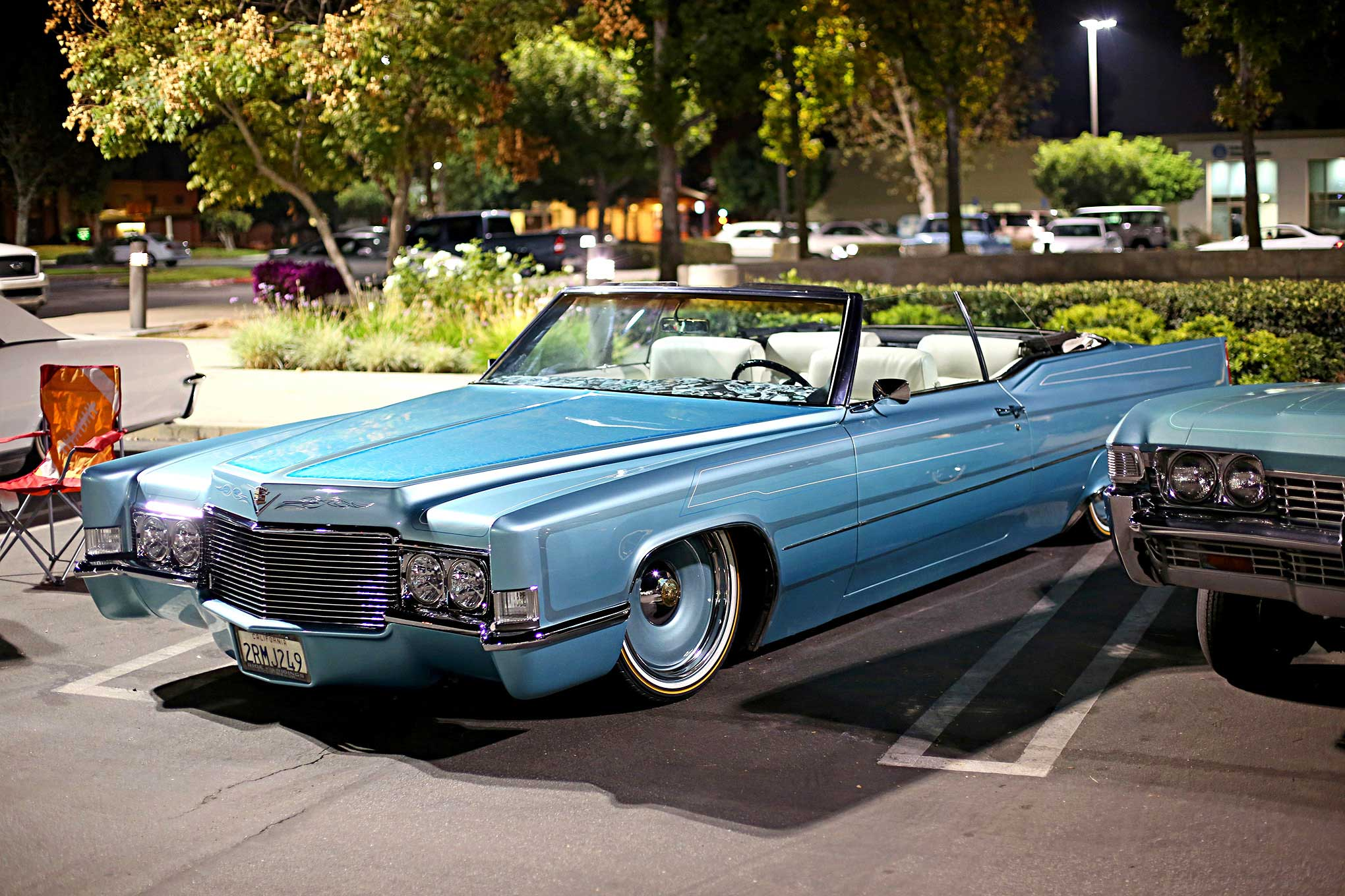 thursday night cruise cadillac convertible lowrider. Black Bedroom Furniture Sets. Home Design Ideas