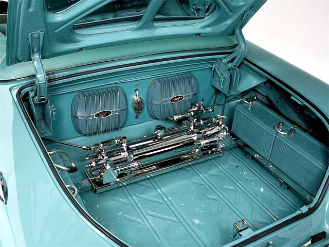 Lowrider Cars With Painted Trunks