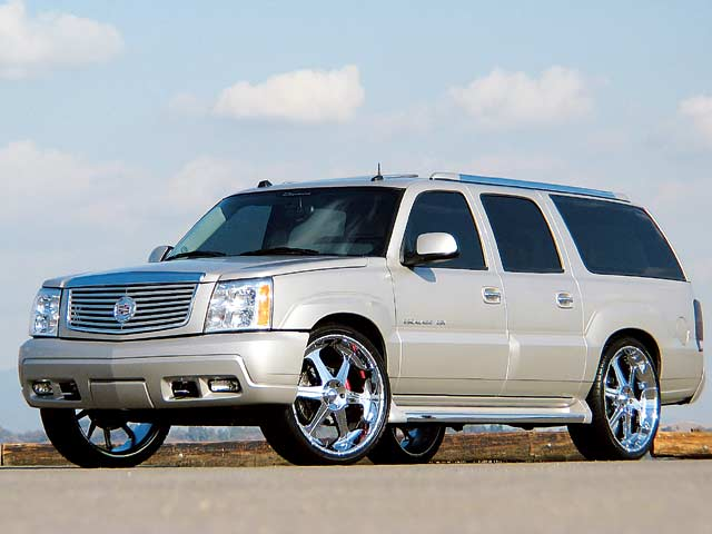 Lowrider Rims And Tires >> 2004 Giovanna Cadillac Escalade - Featured Custom Cars ...