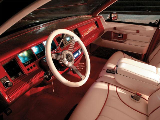 Lrmp 0810 04 Z 1994 Lincoln Town Car Steering Wheel1 Lowrider