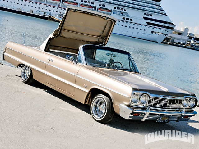 Dayton Auto Show >> 1964 Chevrolet Impala Convertible - Javier Rodriguez - Lowrider Magazine