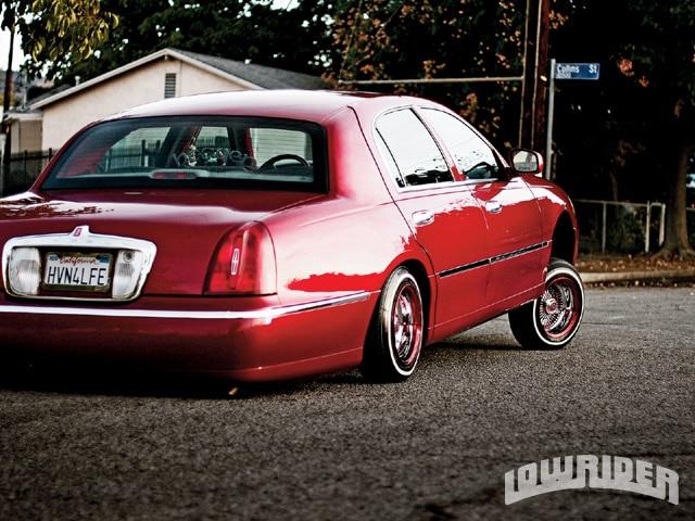 2001 Lincoln Town Car Heaven Car Club Lowrider Magazine