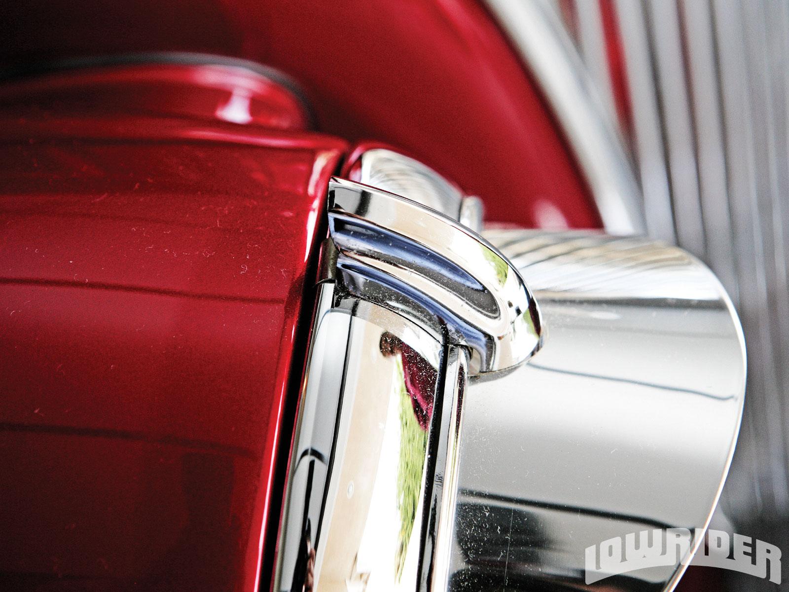 Classic Car Parts & Accessories - Remington Shaver - Lowrider Magazine