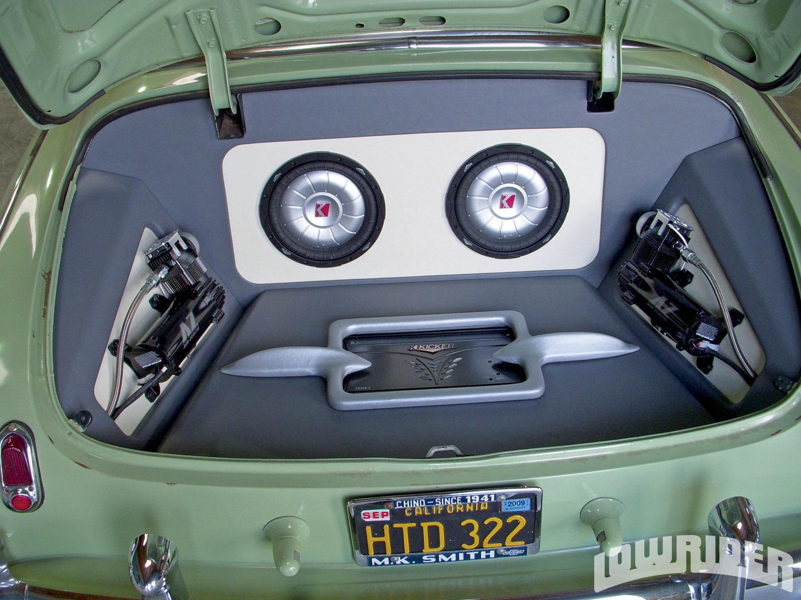 1953 Chevrolet Kicker Audio Bomb Build Extreme Audio Kustoms Lowrider Magazine