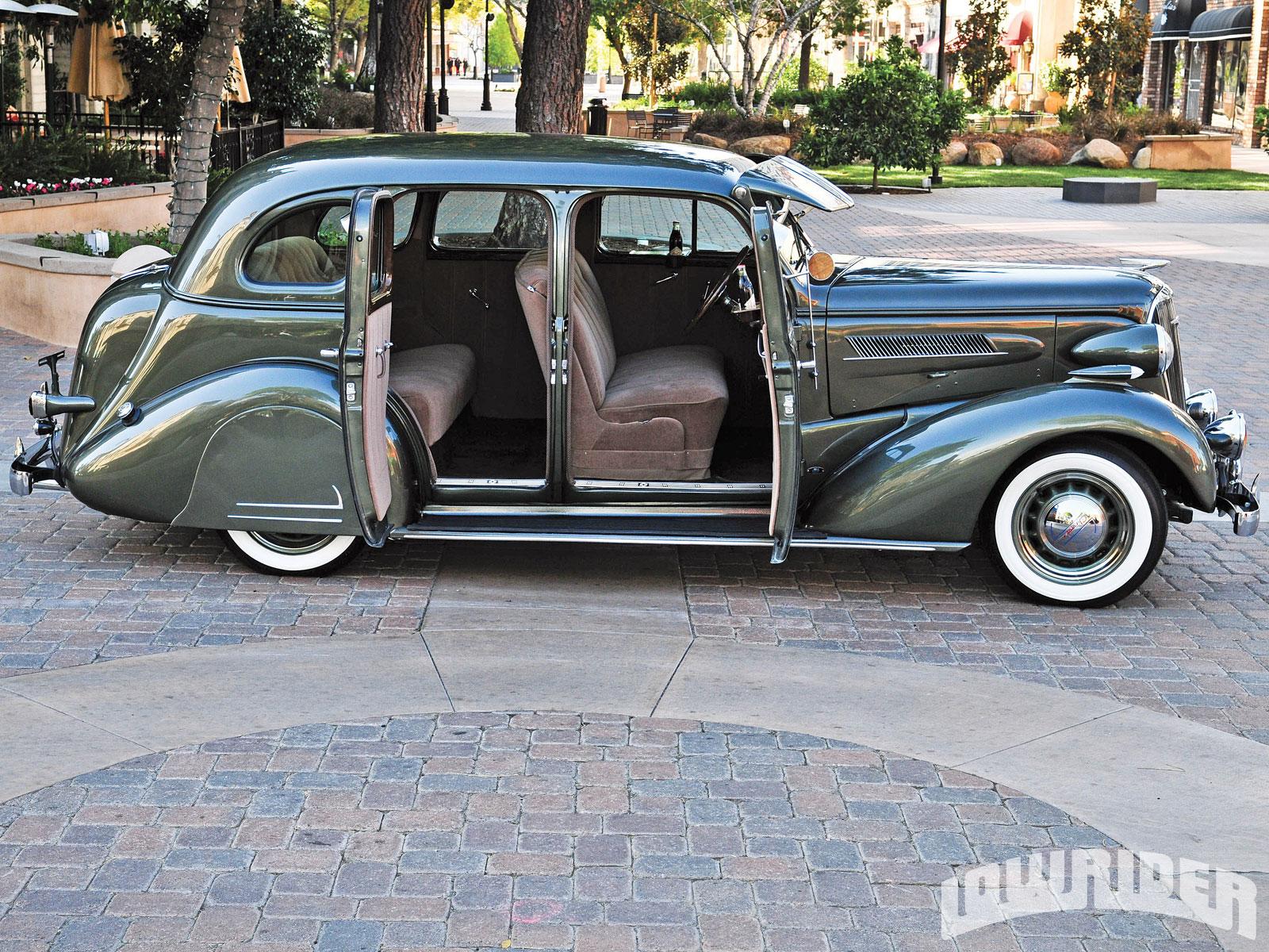 Super Chevy Car Show Photos