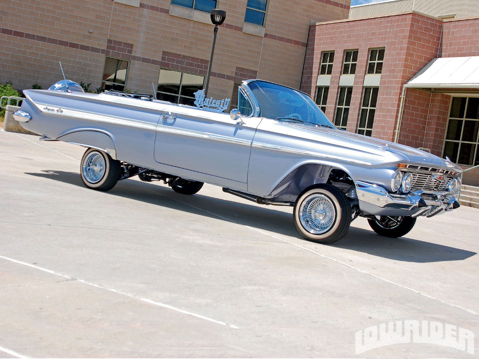 Lowrider Rims And Tires >> 1961 Chevrolet Impala Convertible - Lowrider Magazine
