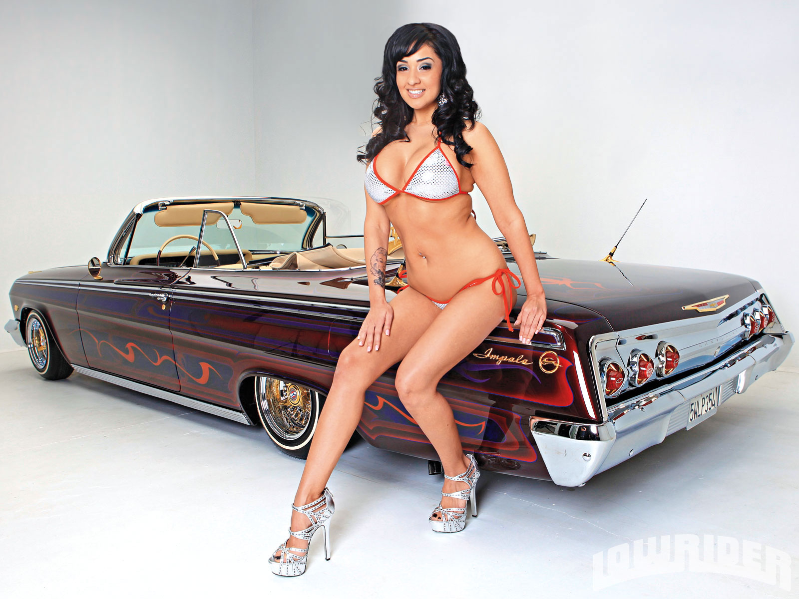 Nude with lowriders