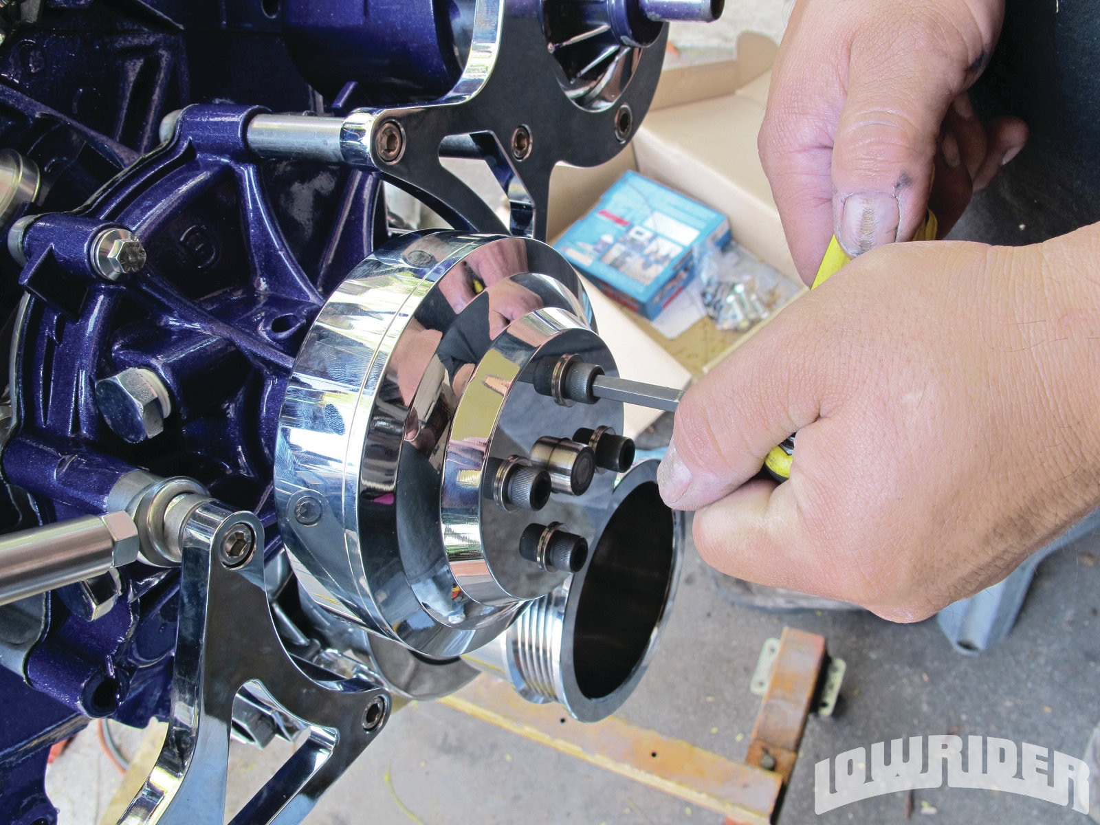 Ford 351 Windsor - Small-Block Build Up - Lowrider Magazine