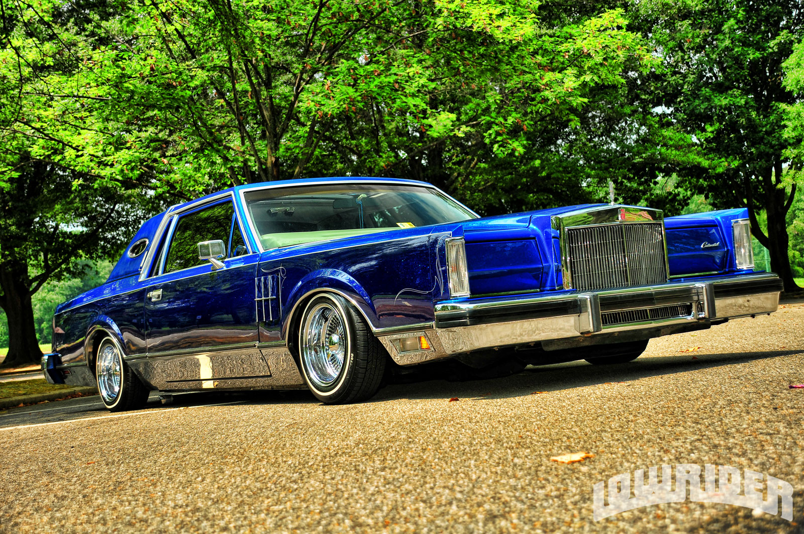1211 lrmp 22 o 1981 lincoln mark vi house of kolor kandy blue lowrider rh lowrider com 2000 Lincoln Town Car Lowrider Cadillac Fleetwood Lowrider
