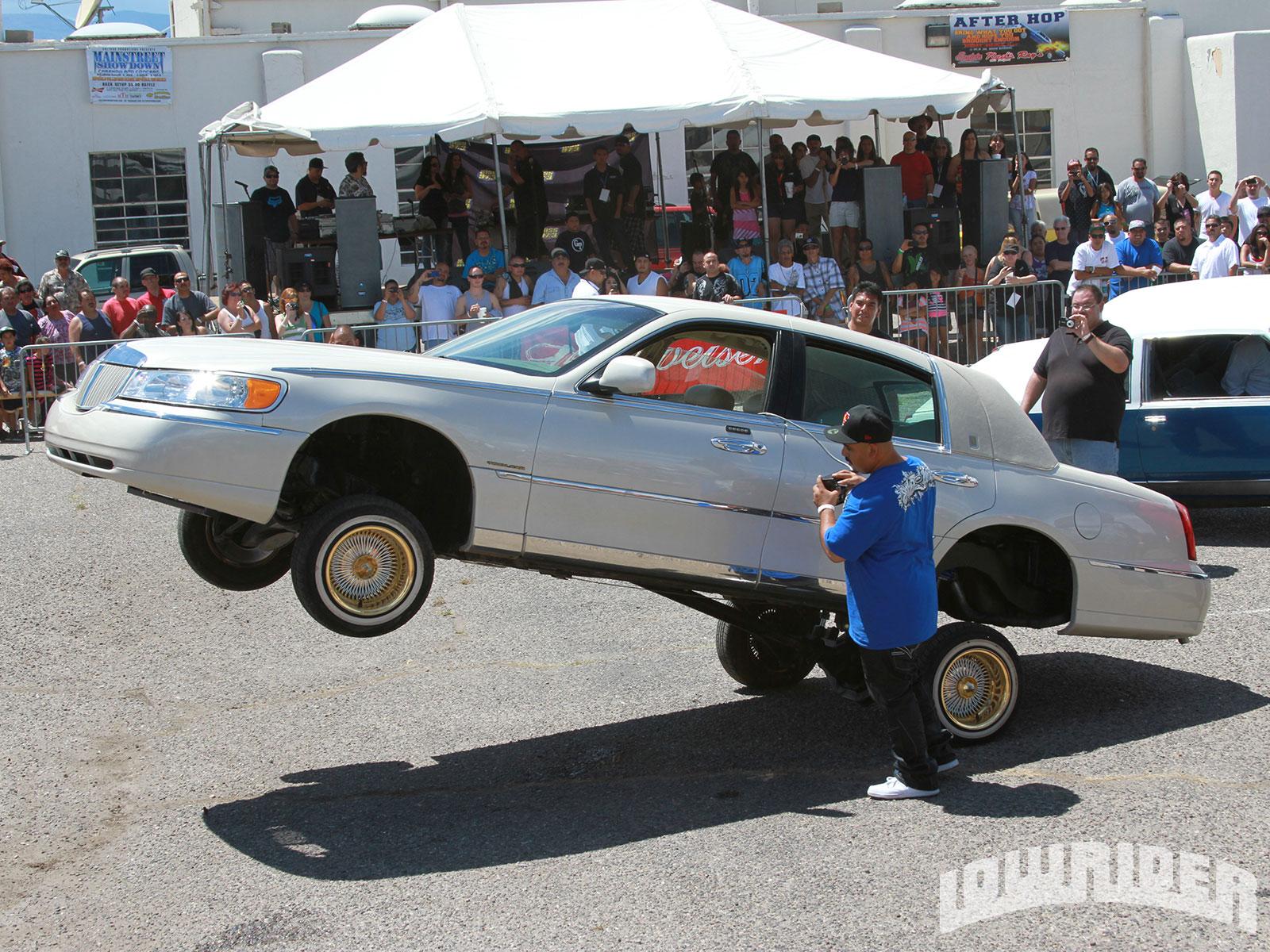 Main Street Showdown Lowrider Magazine Lincoln Town Car Sleep 21 23