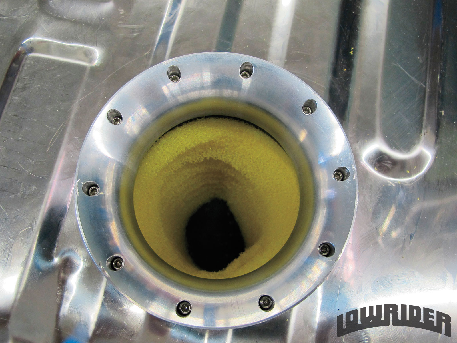 <strong>18</strong>. Your baffle should be centered to allow the fuel pump to be attached correctly.