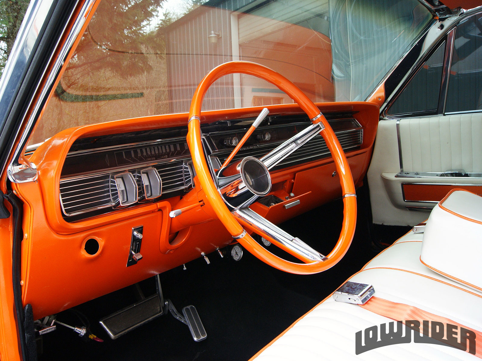 Lincoln Continental Painted Dashboard And Steering Wheel on Lincoln Lowrider