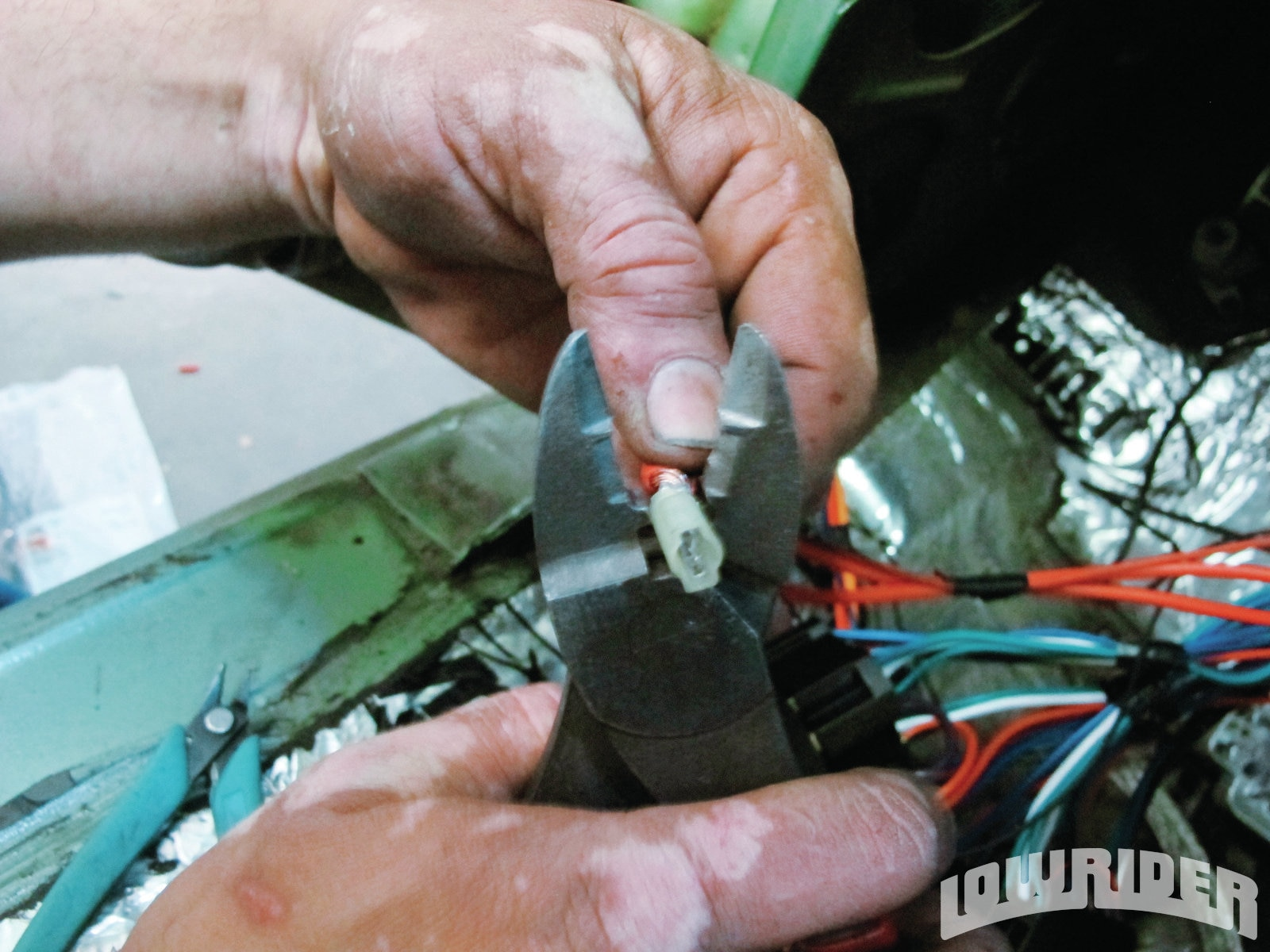 <strong>19</strong>. The power lead was wired and ready to plug into the fuse box.