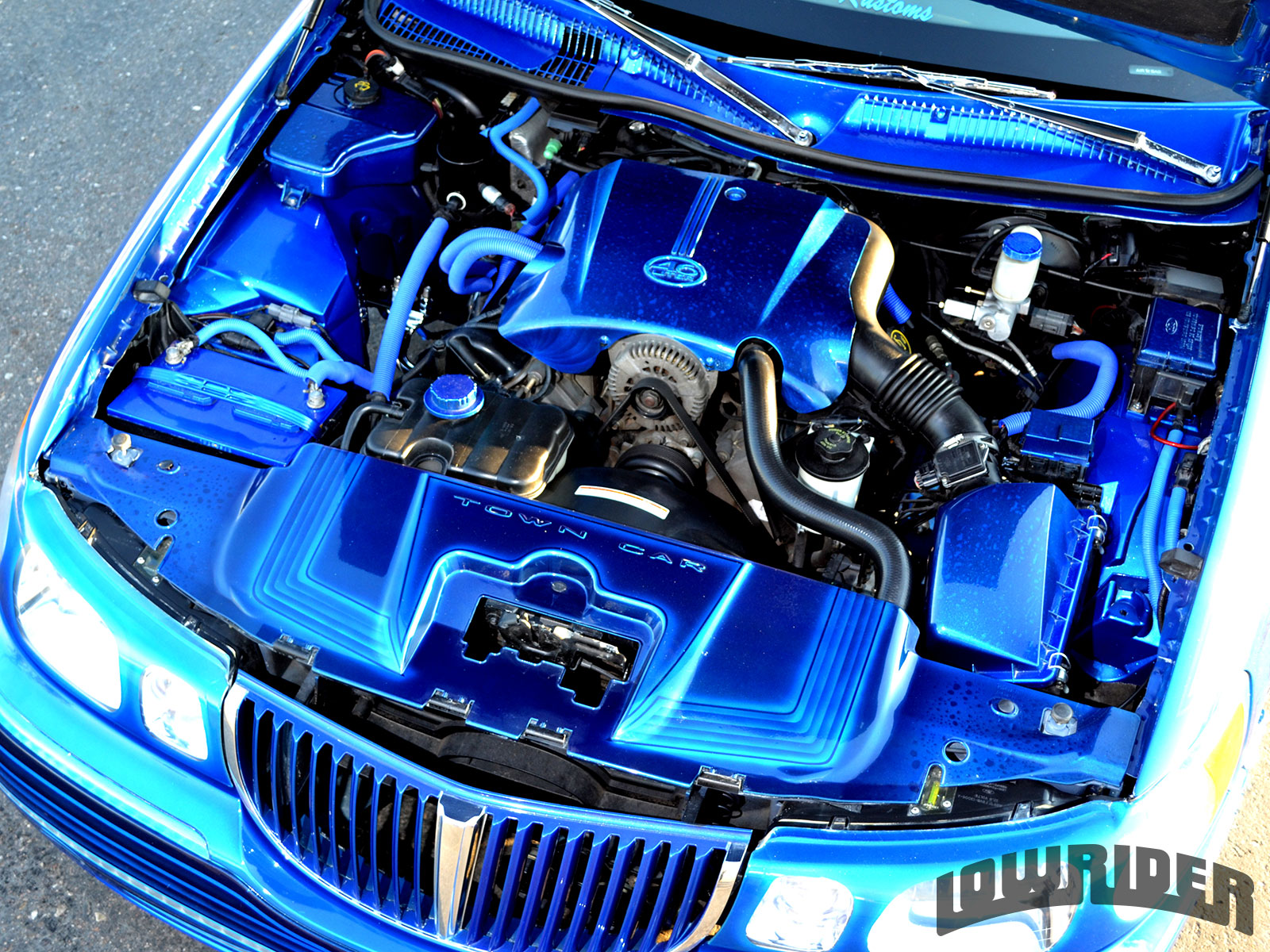 1998 Lincoln Town Car Engine Bay Lowrider