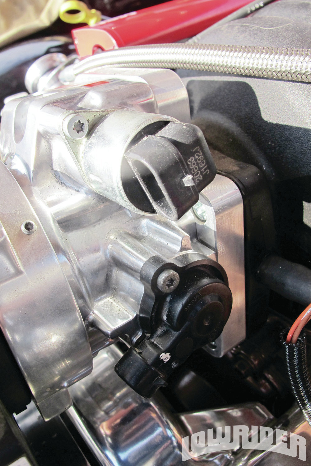 <strong>12</strong>. The throttle body had sensors, which needed to be connected to the MSD system.