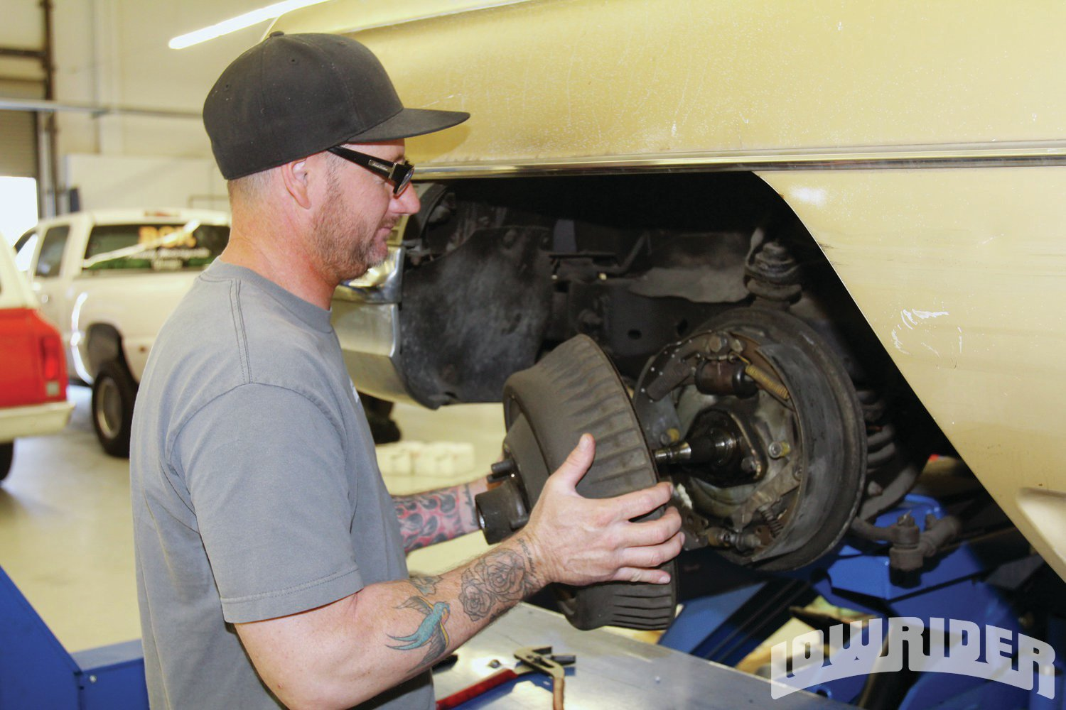 <strong>3</strong>. Jason removed the factory drum brakes, which seemed to weigh nearly 100 pounds of dead weight.