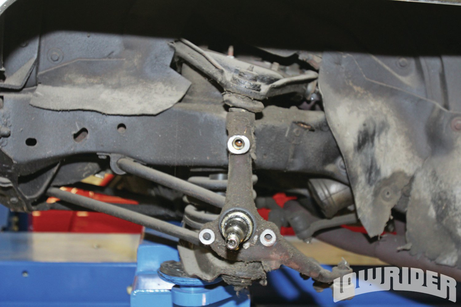 <strong>6</strong>. The stock spindle was used as the foundation for the new POL brake system.