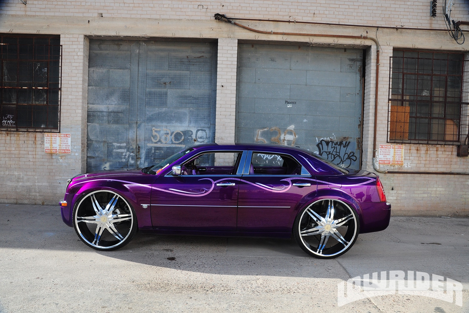 Lowrider Rims And Tires >> 2006 Chrysler 300C - Lowrider Magazine