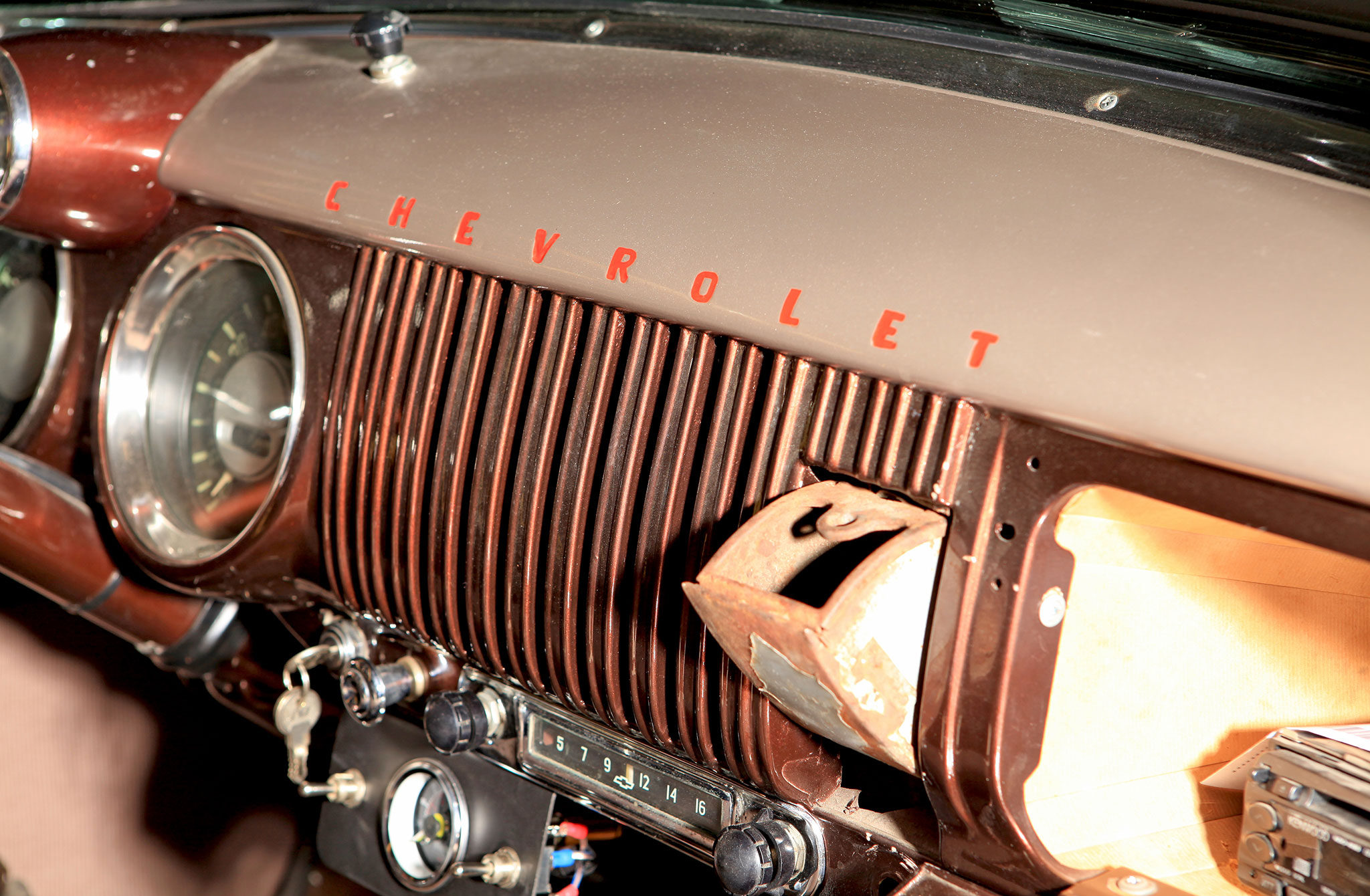 1954 Chevrolet Stepside 3100 & Suburban - Stepside And The Sub