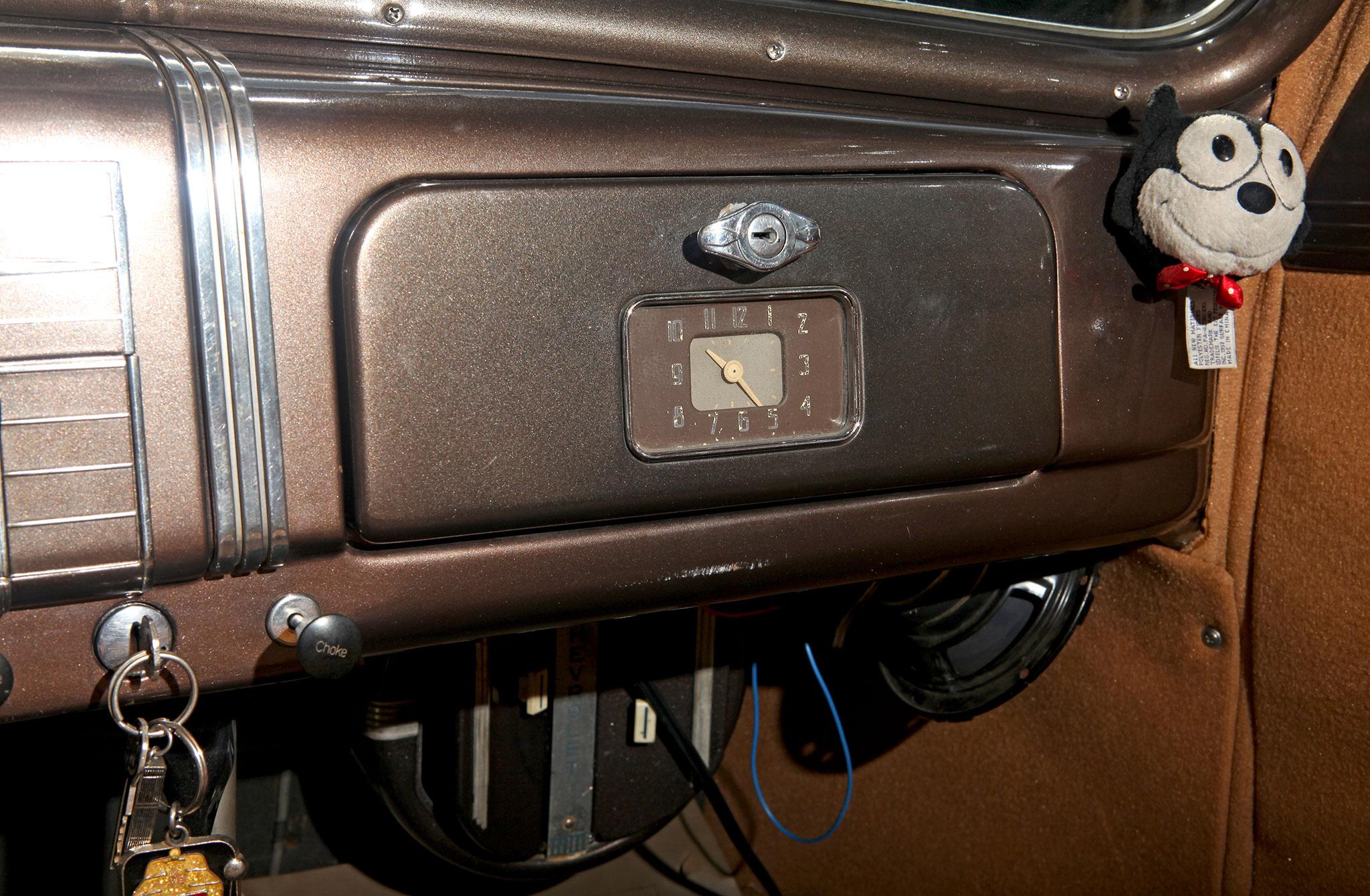 1937 Chevrolet Master Deluxe - Black '37