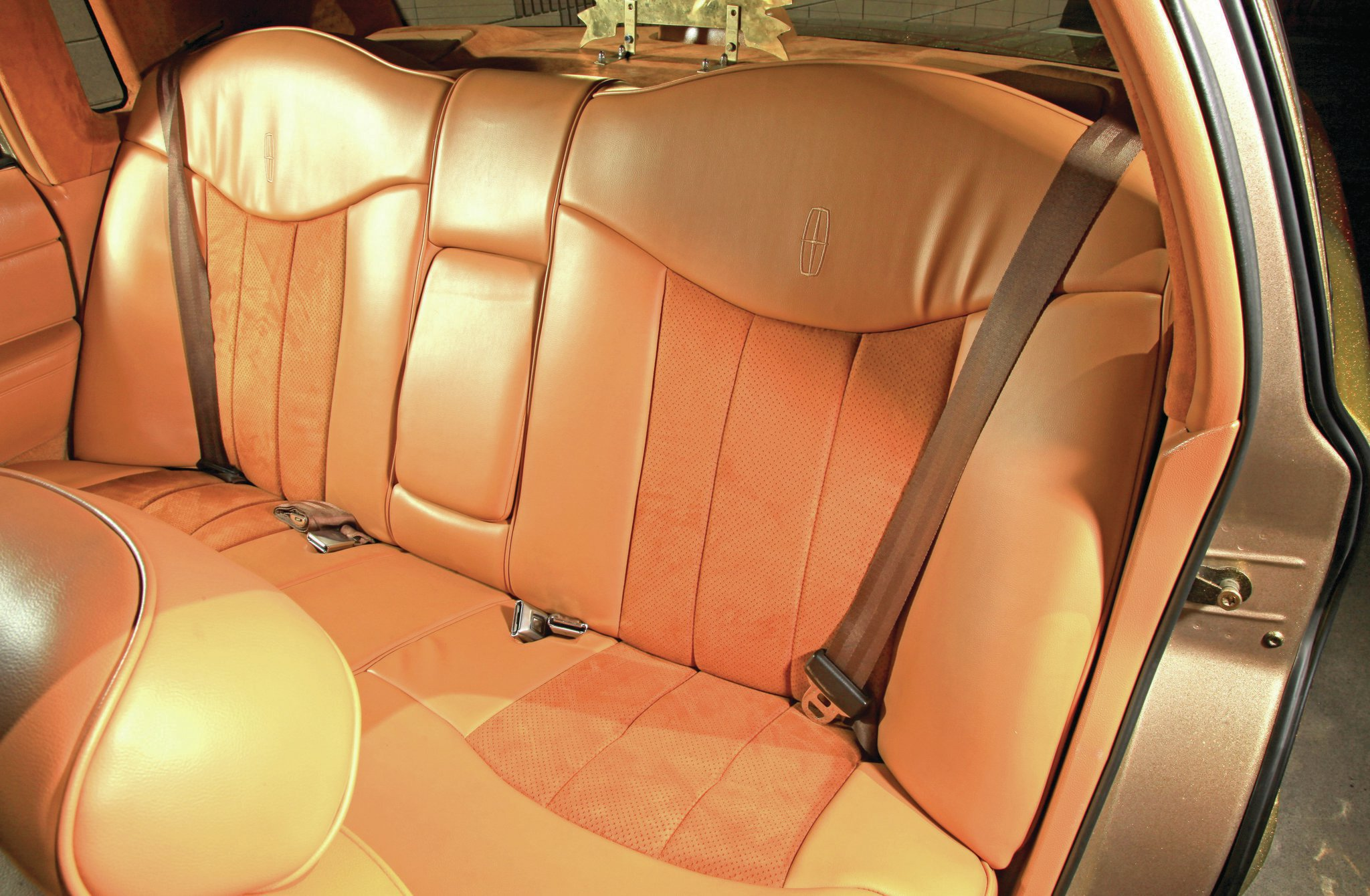 1997 Lincoln Town Car Leather And Suede Backseat 03 Lowrider