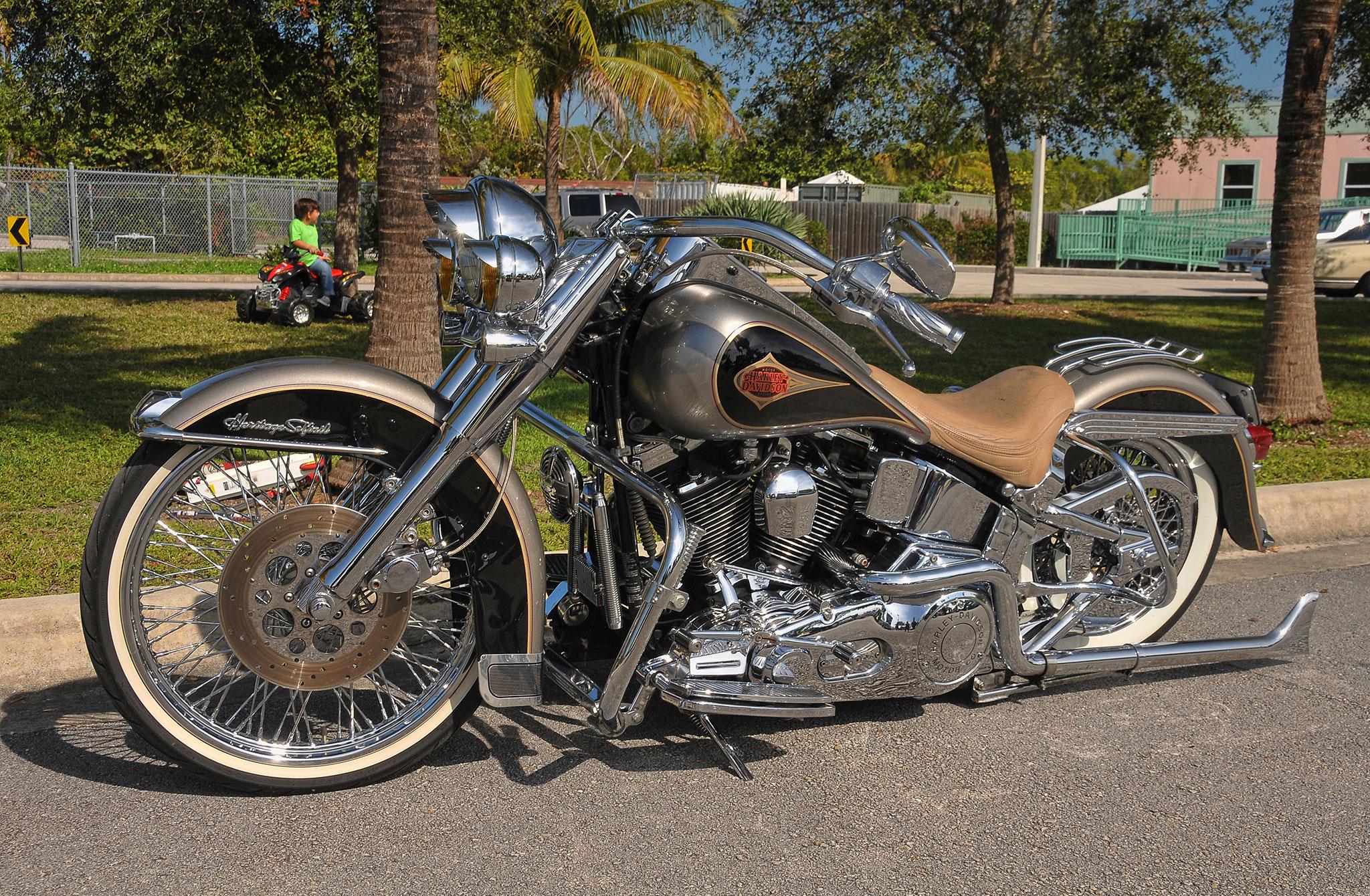 Lowrider Miami >> 25th-street-riders-USO-annual-picnic-harley-davidson-heritage-softail-38 - Lowrider